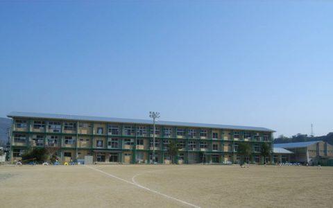 つるぎ町立半田小学校